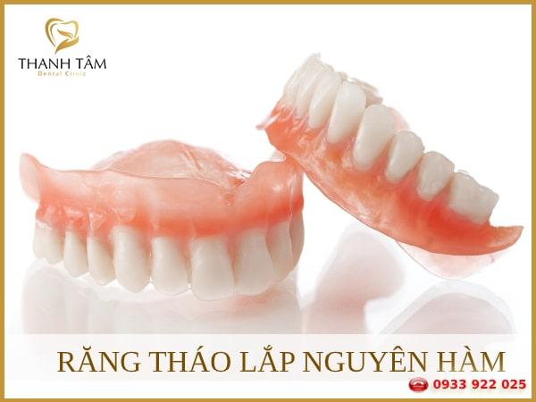Khắc phục tình trạng mất răng toàn hàm trên hoặc toàn hàm dưới