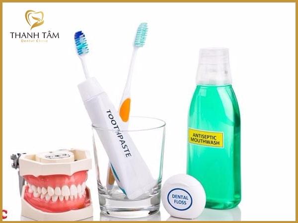 ưu điểm răng tháo lắp