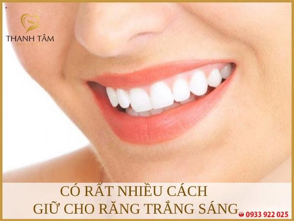 Khách hàng có thể giữ răng luôn trắng sáng theo nhiều cách khác nhau