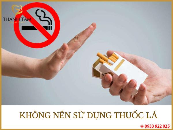 Nên cai thuốc lá
