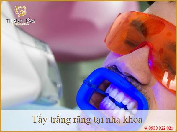 tẩy trắng răng tại nha khoa Thanh Tâm-min