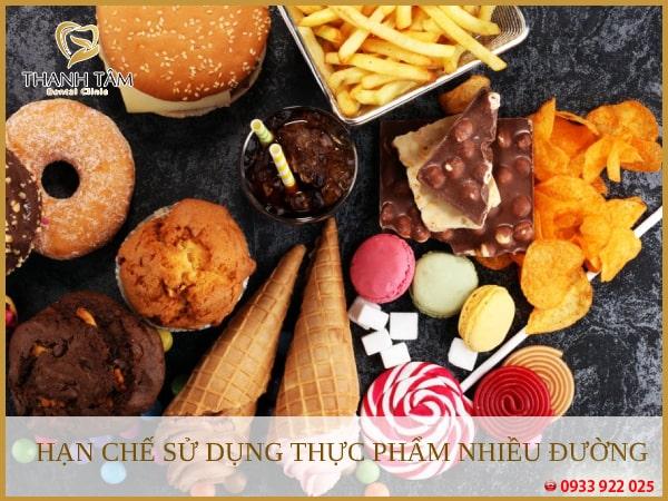 Hạn chế những thực phẩm chứa nhiều axit, đường gây hại đến răng