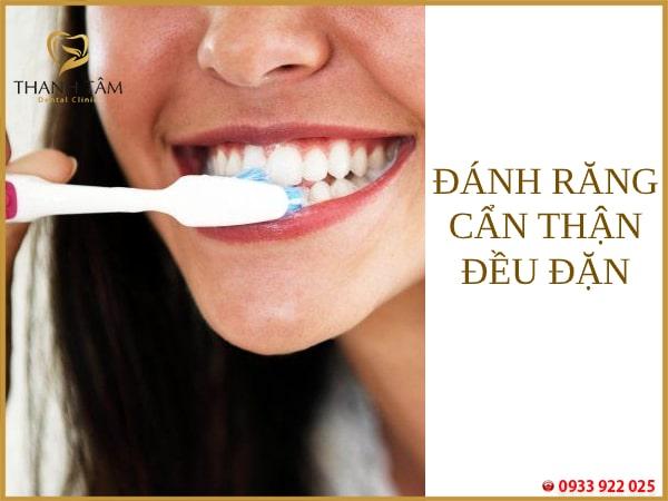 Đánh răng thường xuyên
