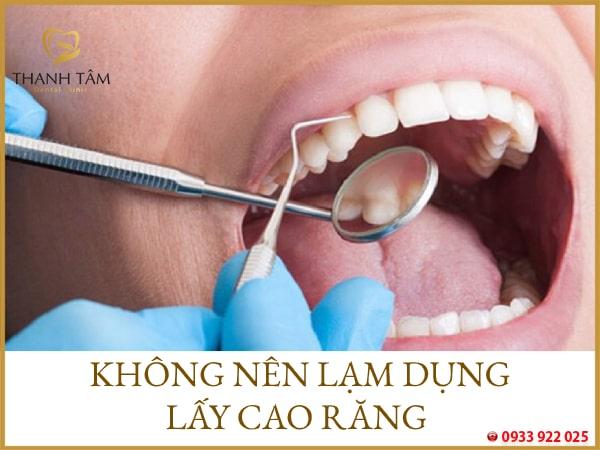 Cạo vôi răng quá nhiều sẽ tổn hại men răng