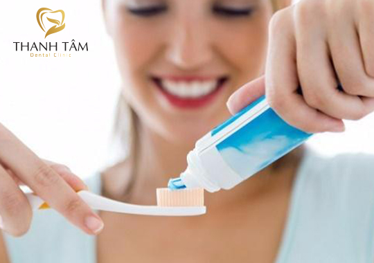 Đánh Răng Sai Cách Gây Bệnh Răng Miệng