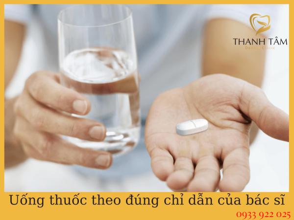 Uống thuốc theo chỉ định của bác sĩ