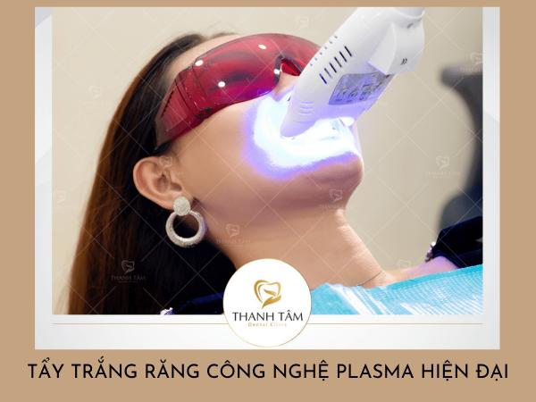 Làm trắng răng tại nha khoa với phương pháp tẩy trắng răng công nghệ Plasma